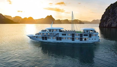 ATHENA ROYAL CRUISE | Bai Tu Long Bay 2D1N