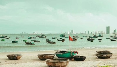 Discover Saigon City And Da Nang Beach Holiday | Vietnam Classic Tour