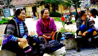 Easy Sapa Tour | by Shuttle Bus from Hanoi