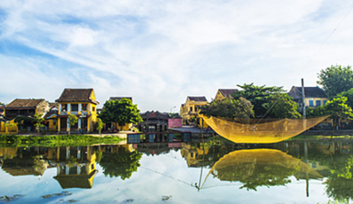 Hoi An excursion from Danang: ancient town & Tra Que village