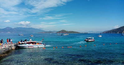 Discover Nha Trang Bay & Islands by speed boat