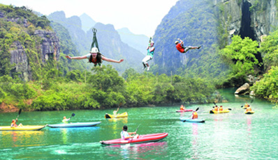 Discover Phong Nha and the 17th Parallel (Hue - Quang Binh)